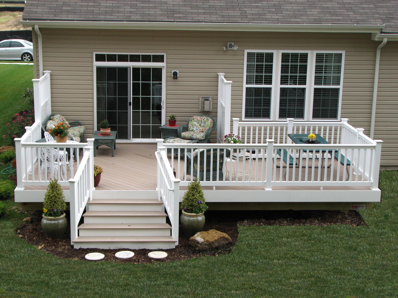 Wood decks vinyl wood decks for Deck plans for mobile homes