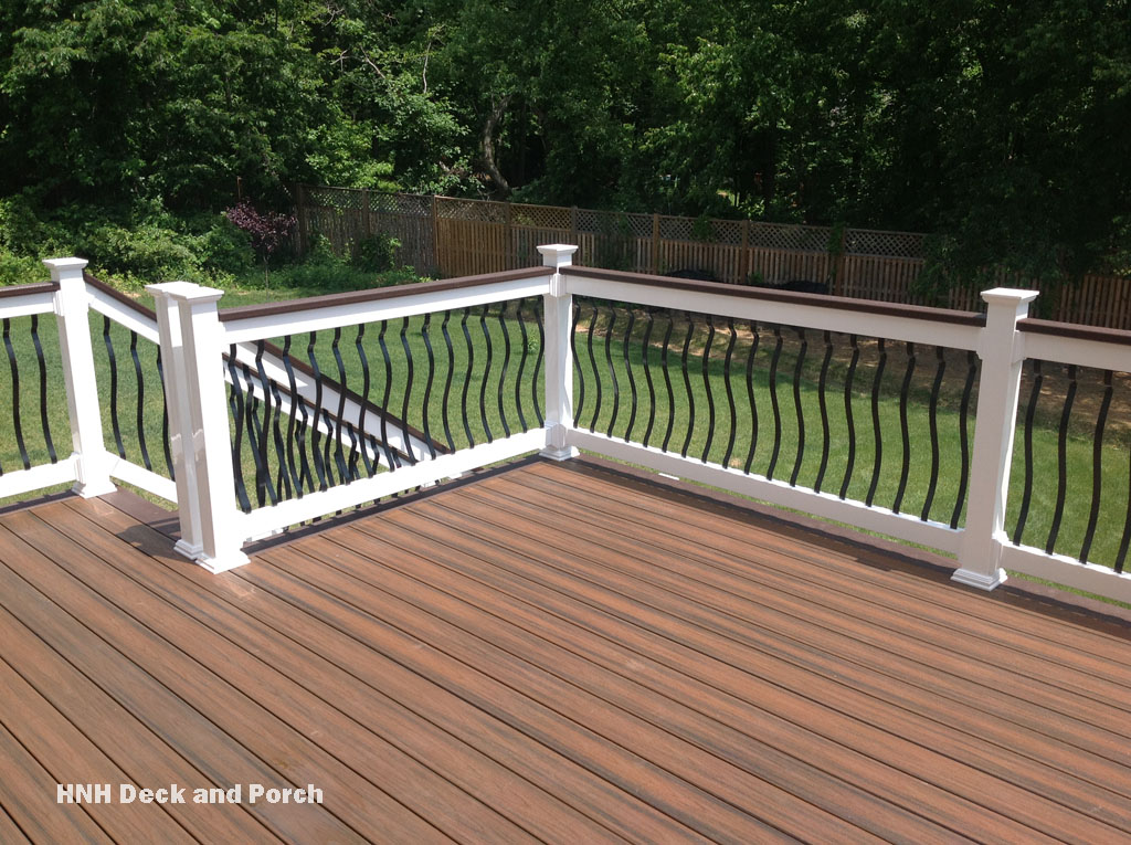 Deck gallery hnh deck and porch llc 443 324 5217 for Composite decking and railing