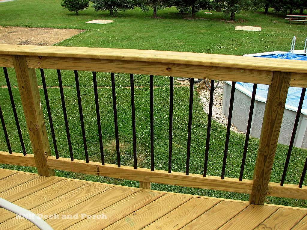 Deck railing gallery hnh deck and porch llc 443 324 5217 for Garden decking spindles